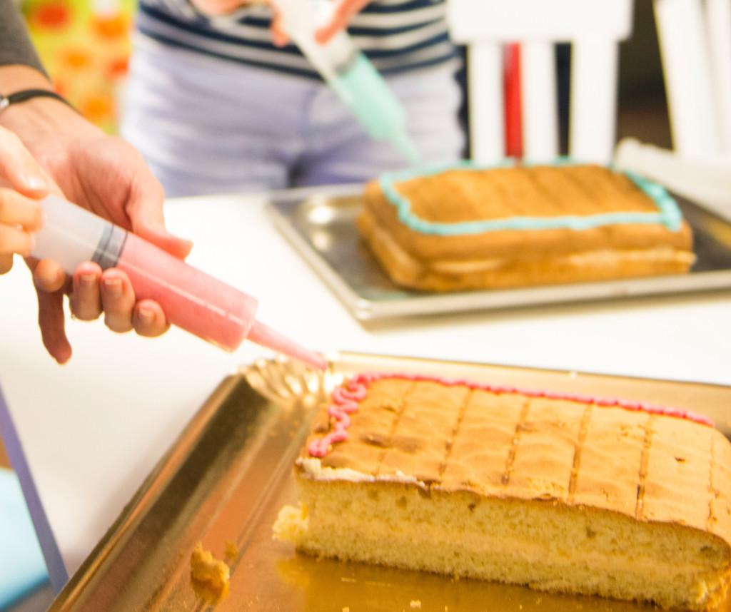 biszkopt  świetny na tort z kolorowymi kremami