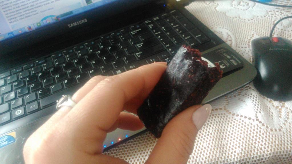 batoniki czekoladowe odżywcze odchudzają