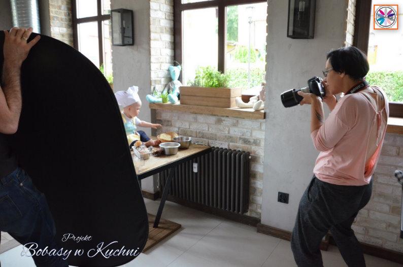 Karolina Hrynek z Ignasiem projekt Bobasy w Kuchni sesja