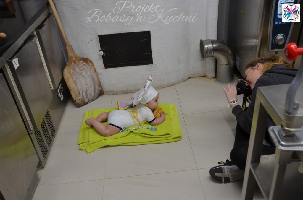 Wiktoria Olczak z Olkiem z projektu Bobasy w Kuchni sesja3
