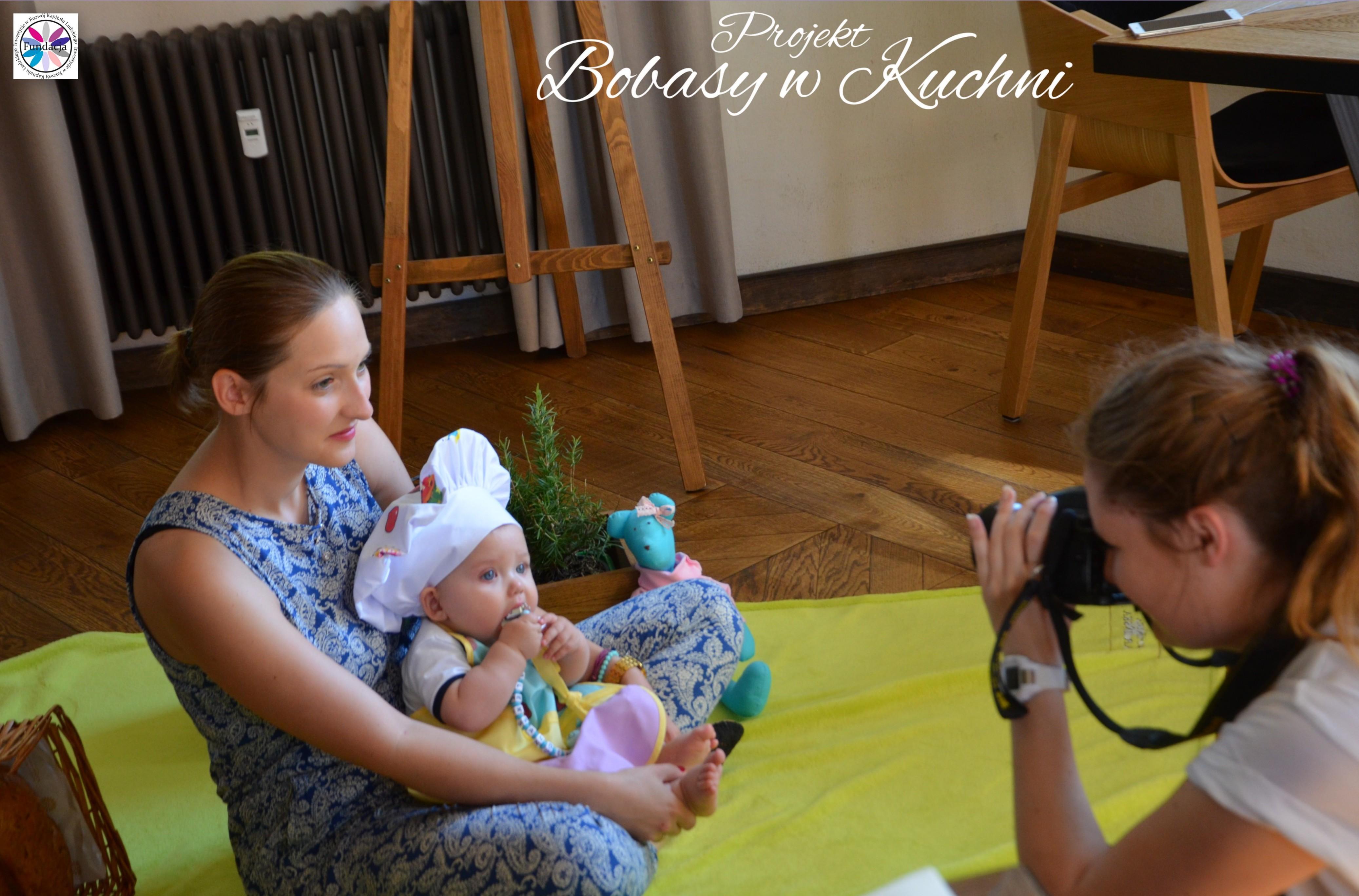 Wiktoria Olczak z Olkiem z projektu Bobasy w Kuchni sesja31