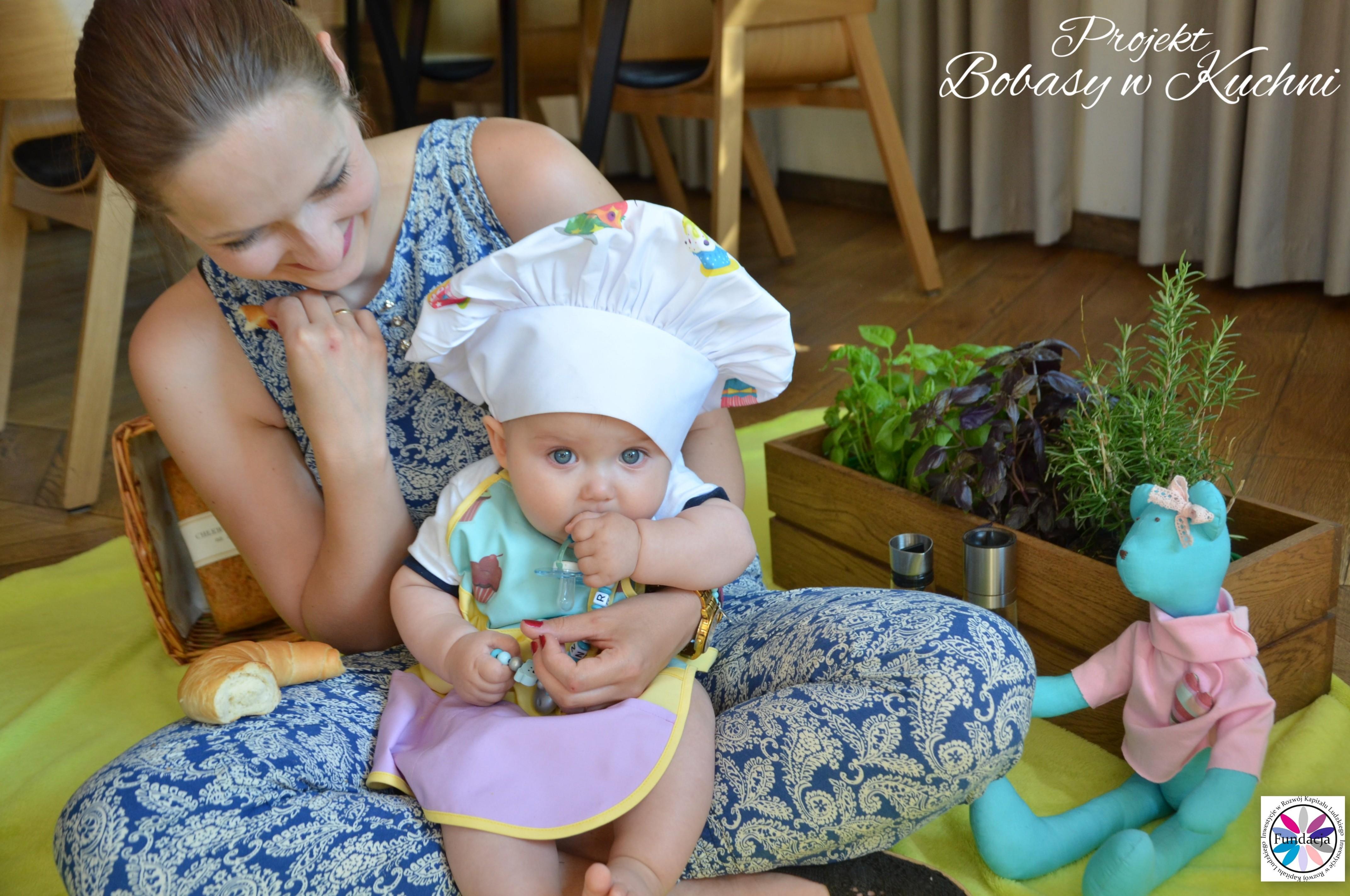 Wiktoria Olczak z Olkiem z projektu Bobasy w Kuchni sesja32