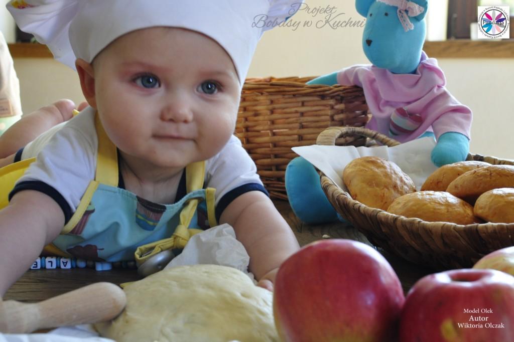 Wiktoria Olczak z Olkiem z projektu Bobasy w Kuchni7